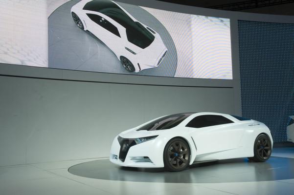 Honda stellt Brennstoffzellen-Sportwagenstudie in LA vor