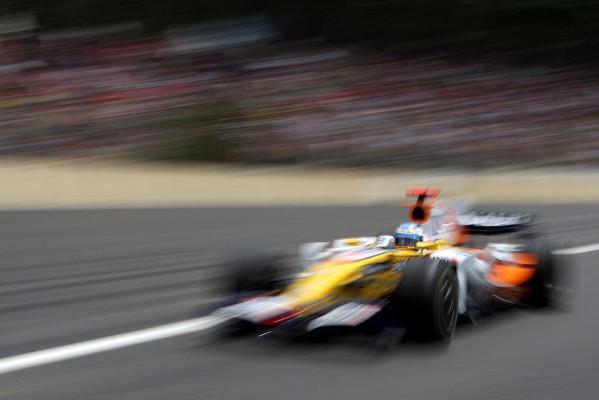 Rückschlag für Alonso : Eine enge Angelegenheit