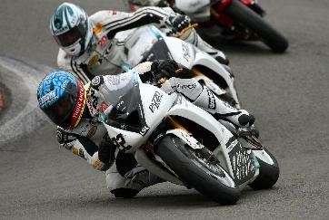Triumph legt Rennsportprogramm für Amateure auf