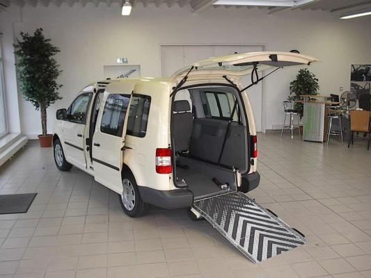 VW Caddy Maxi mit Autogasantrieb und Heckeinstieg