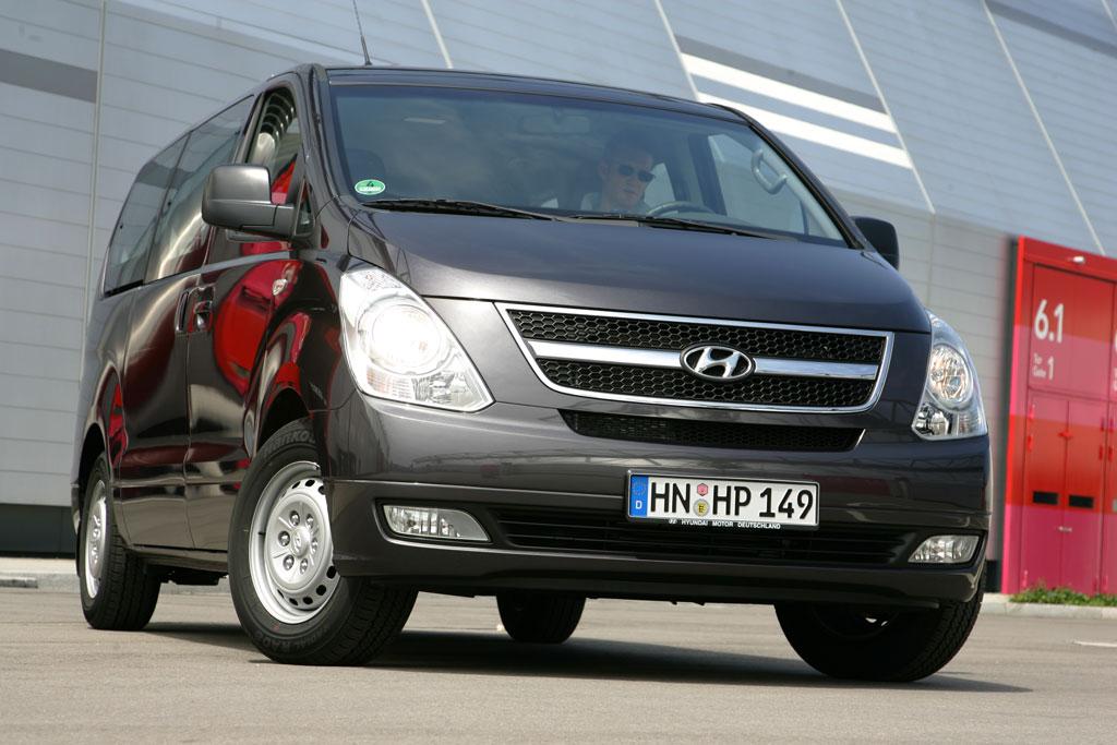 Fahrbericht Hyundai H-1 Travel 2.5 CRDi: Unschlagbar günstig