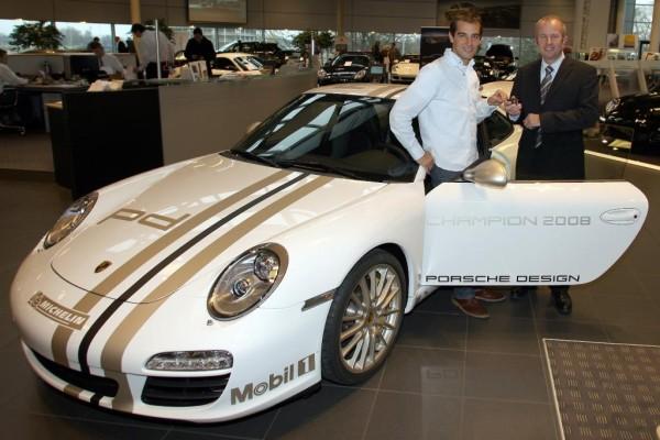 Jeroen Bleekemolen gewinnt neuen Porsche 911 Carrera
