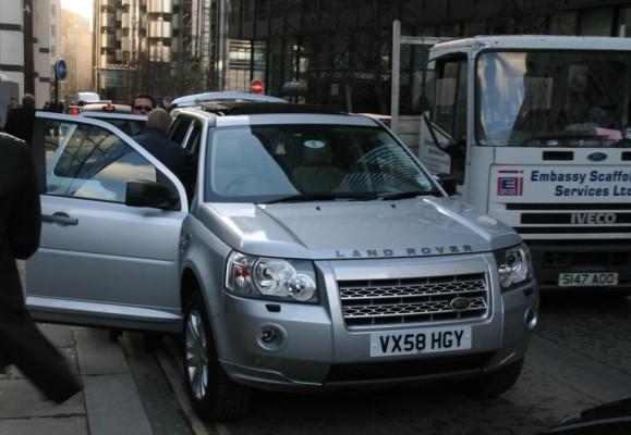 Land Rover: Nachhaltig ins Gelände