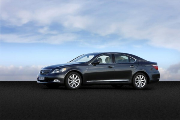 Lexus LS 460 AWD: Leiser Luxus mit Allrad