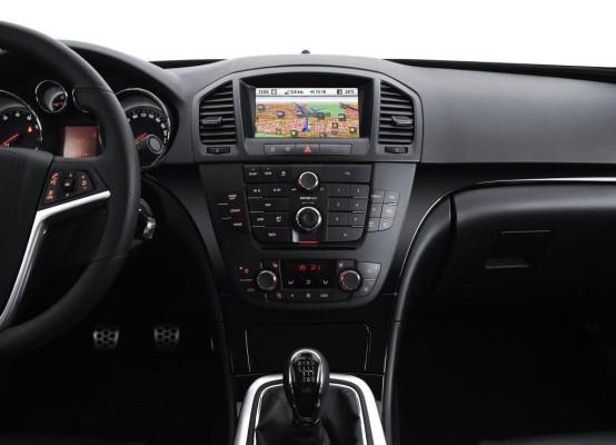 Neues Infotainment-System von Blaupunkt im Opel Insignia