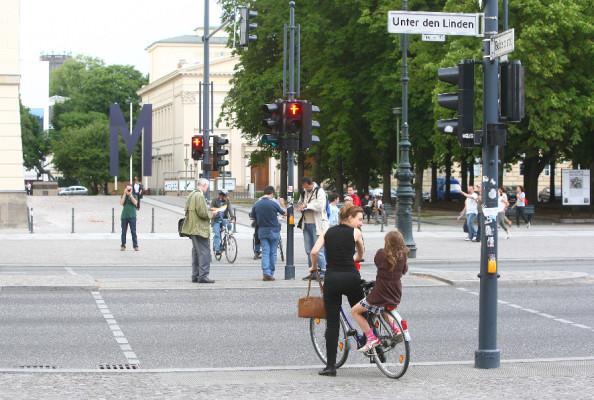 Software simuliert Verhalten von Fußgängern