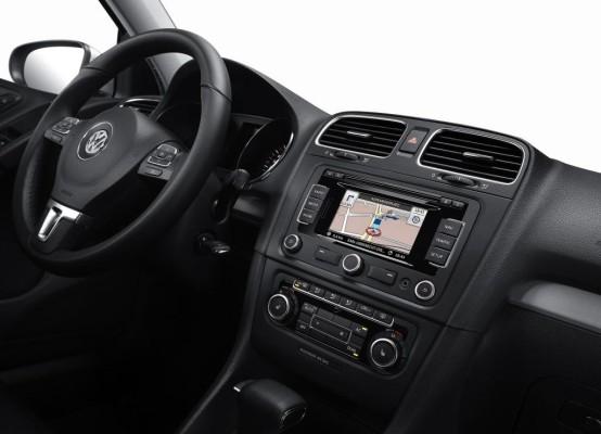 VW-Navi mit CD und SD-Speicher