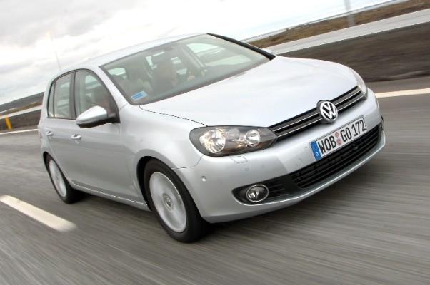 Volkswagen kurbelt Verkauf des neuen Golf an