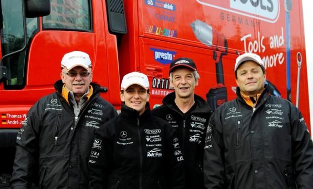 ''Team FleetBoard Mercedes-Benz'' fiebert der Dakar-Rallye entgegen