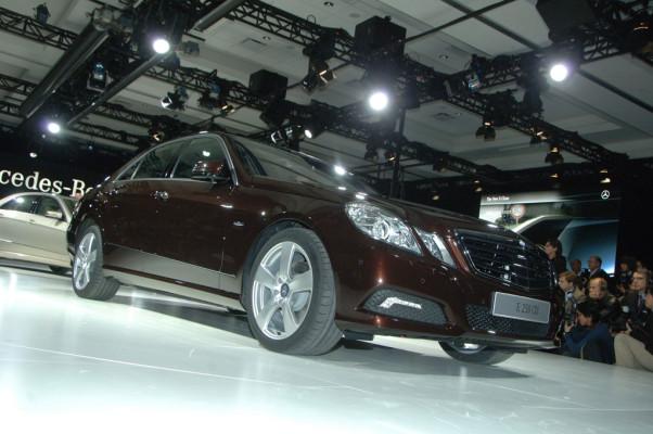 Detroit 2009: Mercedes-Benz legt mit der E-Klasse eine hohe Messlatte auf