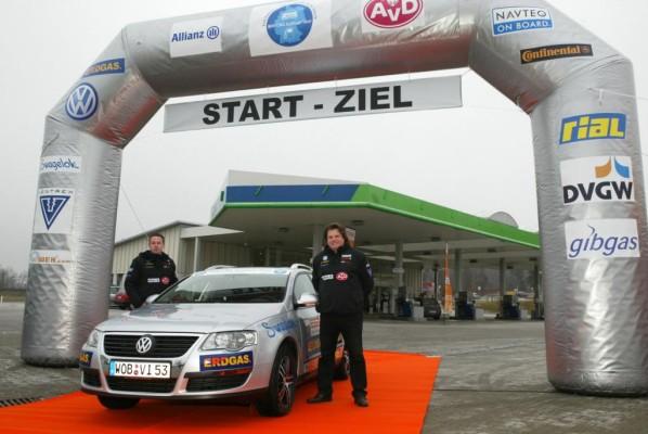 Erdgas-Tour mit Reifen und Navigationssystem von Continental