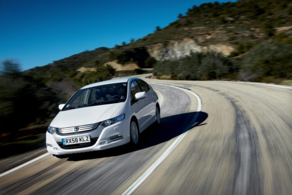 Honda Insight und Toyota Prius: Hybrid-Duell auf der AMI