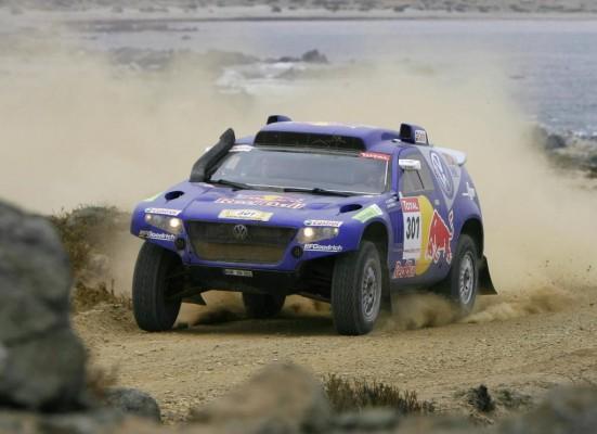 Rallye Dakar: Volkswagen weiter mit drei Race Touareg vorn