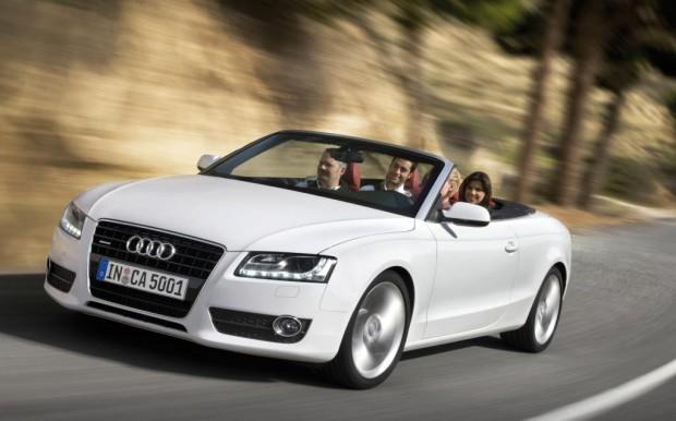 Auch das Audi A5 Cabrio kommt mit Stoffverdeck
