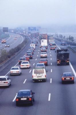 Dissertation belegt Vorteile von achtspurigen Autobahnen