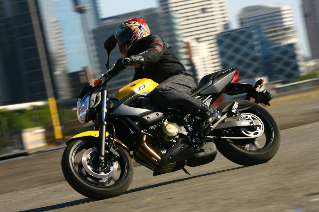Fahrpräsentation Yamaha XJ6: Eine für alle Tage