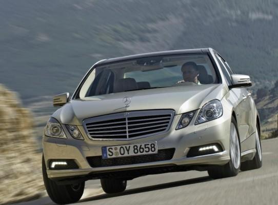 Genf 2009: Vorschusslorbeeren für die Mercedes-Benz E-Klasse