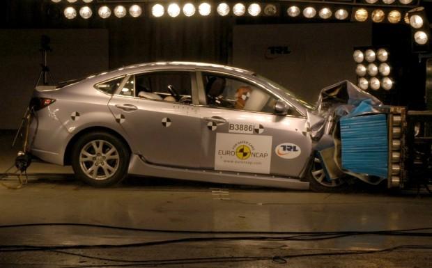 Mazda 6 erhält fünf Sterne im Crashtest