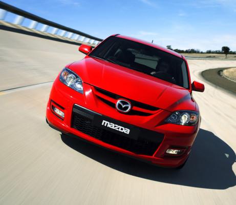 Mazda3 tritt in Genf mit Power und Verbrauchsbestwerten an