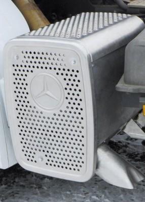 Nachrüstung mit Dieselpartikelfilter für Mercedes-Benz Lkw möglich