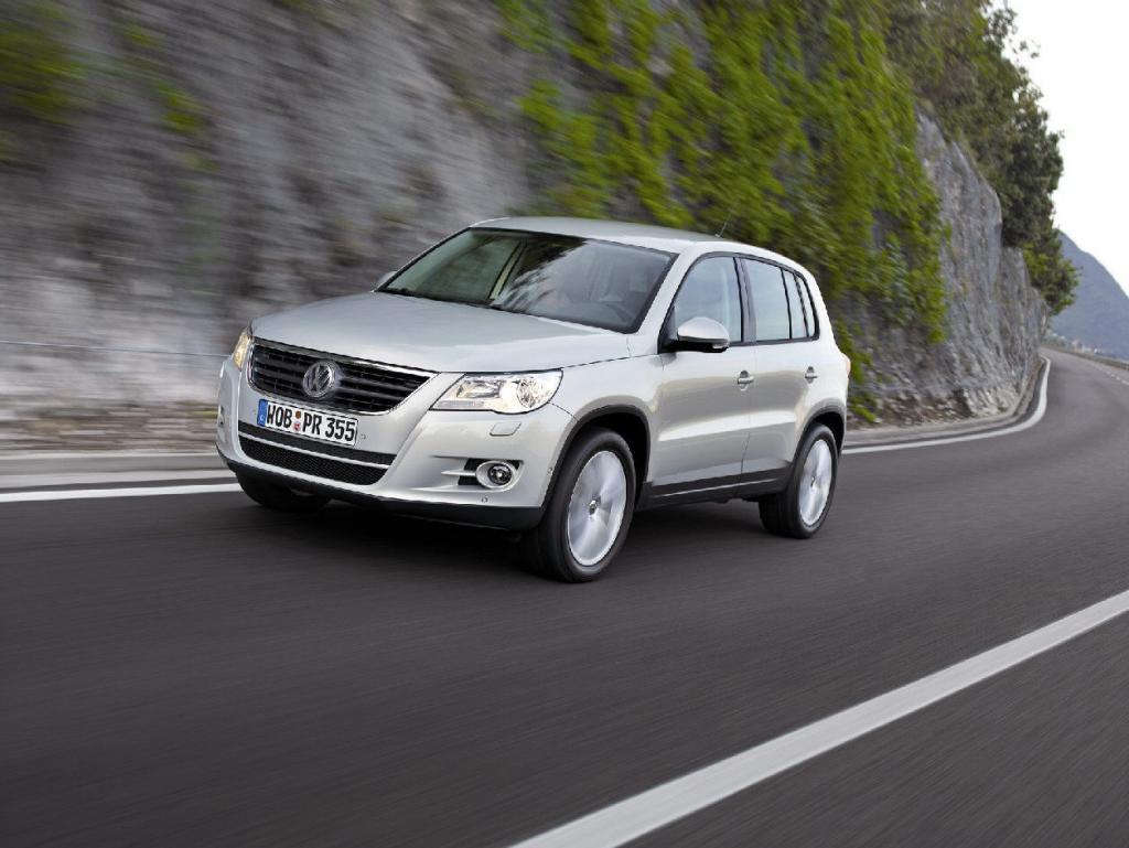 Überroll-Crashtest: VW Tiguan mit gutem Ergebnis