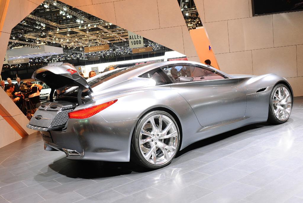 Genf 2009: Infiniti präsentiert G 37 Cabrio und Hybrid-Sportwagen-Studie
