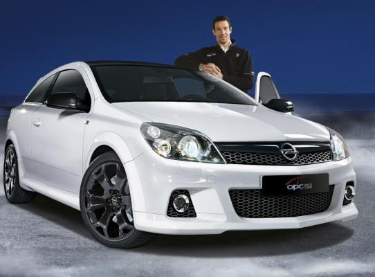 Opel Astra OPC Race Camp: 240 PS für 27 990 Euro