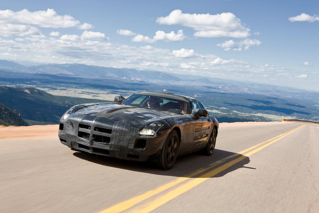 Supersportwagen Mercedes-Benz SLS AMG im Frühjahr 2010