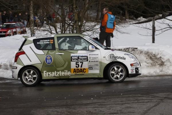 Als Gastfahrer beim Suzuki-Rallye-Cup: Jeder Kilometer bringt mehr Sicherheit und Vergnügen