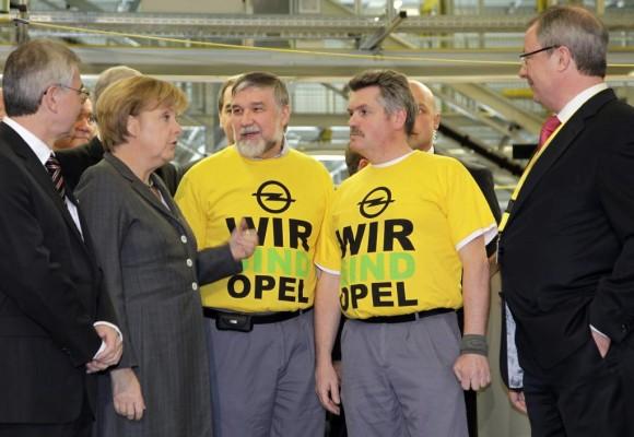 Bundeskanzlerin Merkel sagt Opel Unterstützung zu