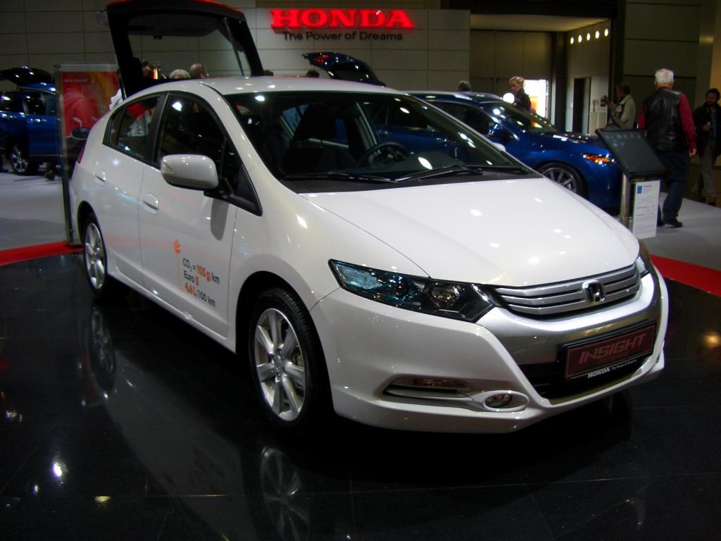 Der Honda Insight hält was er verspricht: niedrigen Verbrauch und geringe CO2-Emission.