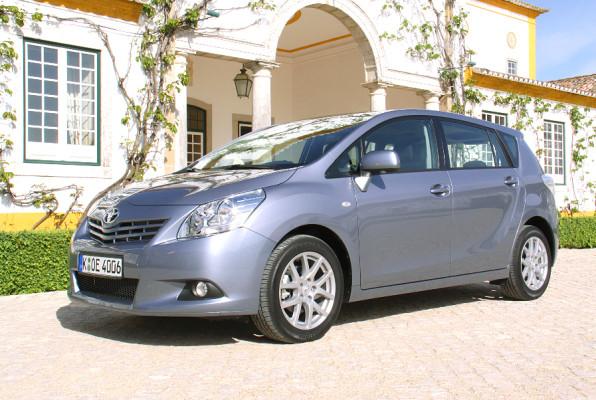 Fahrbericht Toyota Verso 2.0 D-4D Executive: Sanfter Riese