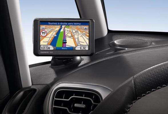 Garmin beliefert PSA mit Navigationsgeräten