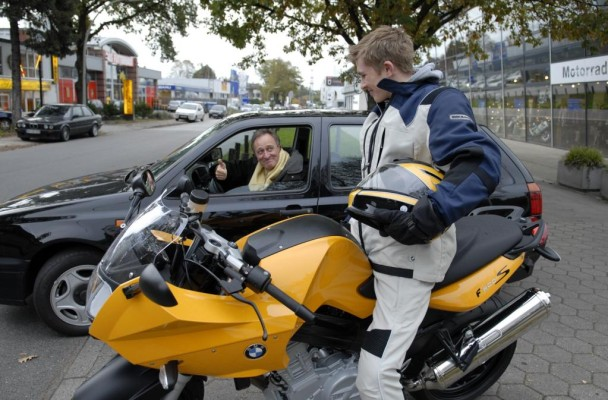 Motorradsaison: AvD appelliert an gegenseitige Rücksichtnahme