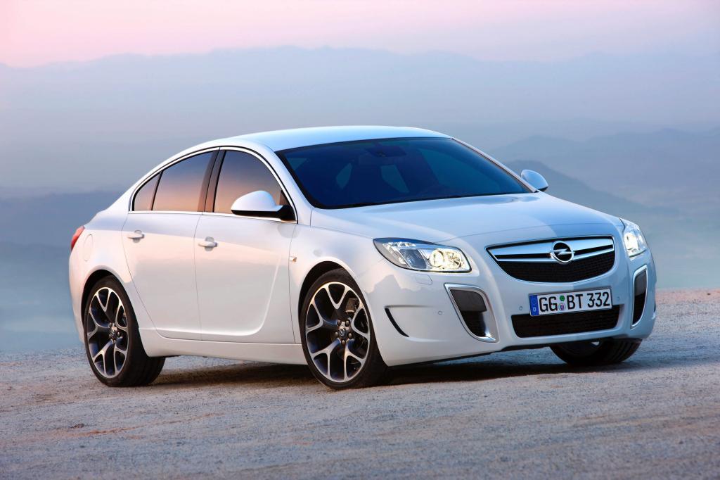 Opel rüstet Insignia zum Sportwagen auf