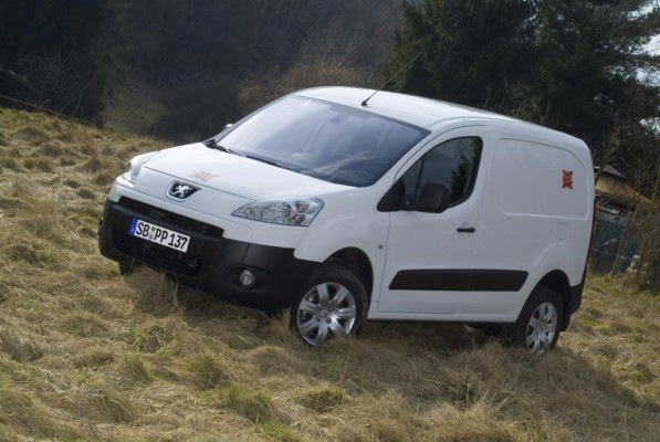 Peugeot stellt Partner Kastenwagen Trek vor