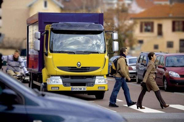 Renault Trucks rüstet sich für Euro 5-Norm