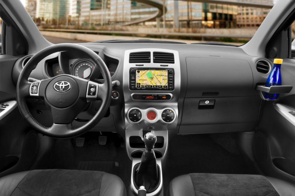 Toyota - Urban Cruiser - Bild(4)