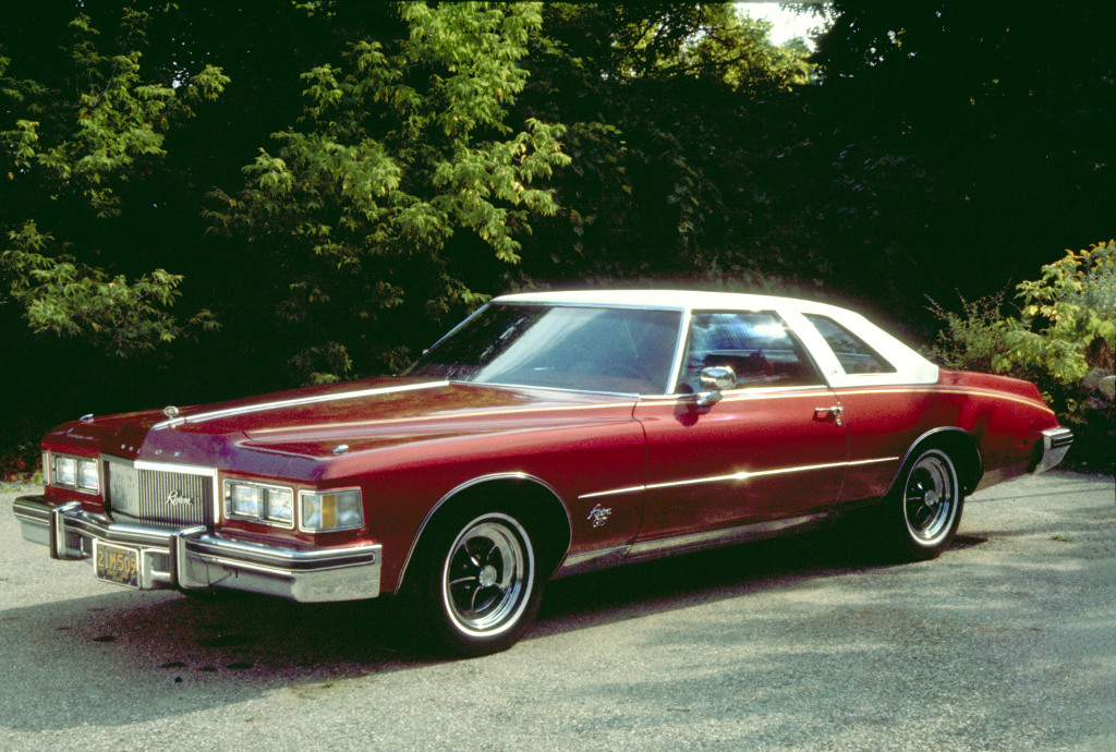 1975 Buick Riviera Coupe