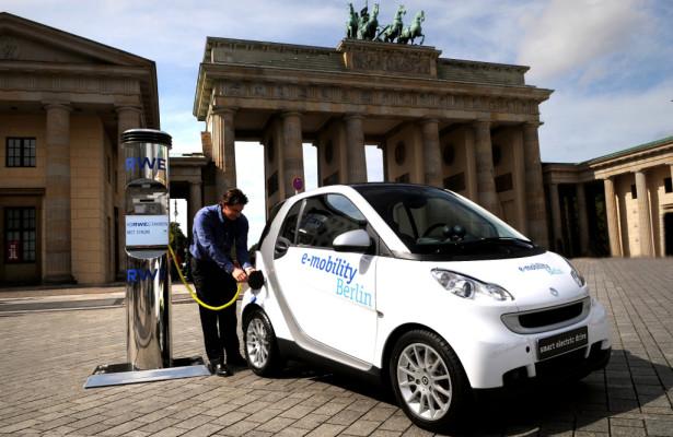 Im Jahr 2020 sollen eine Million Elektroautos auf deutschen Straßen fahren