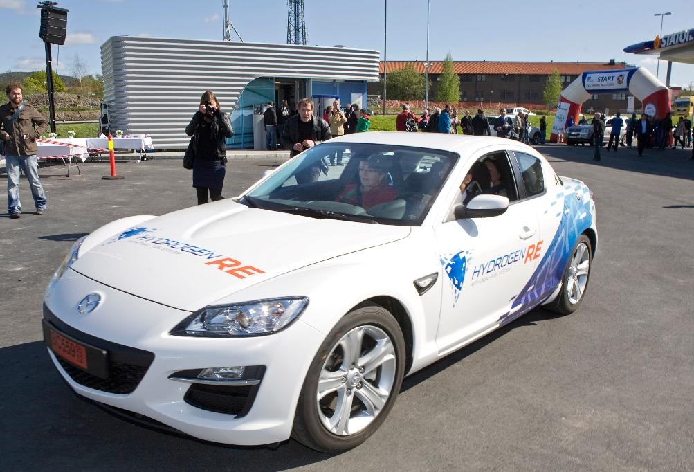 Mazda RX-8 Hydrogen RE in Oslo präsentiert