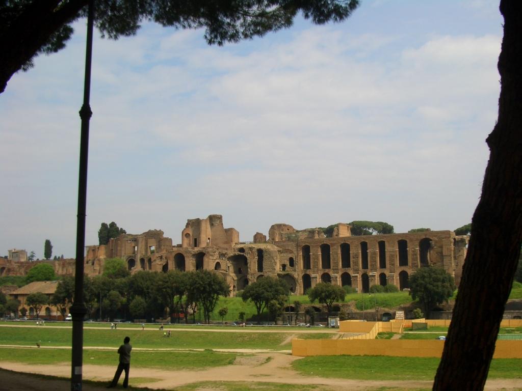 Motorradfahren in der Toskana – Trip nach Rom Sportlichkeit gepaart mit Sicherheit.