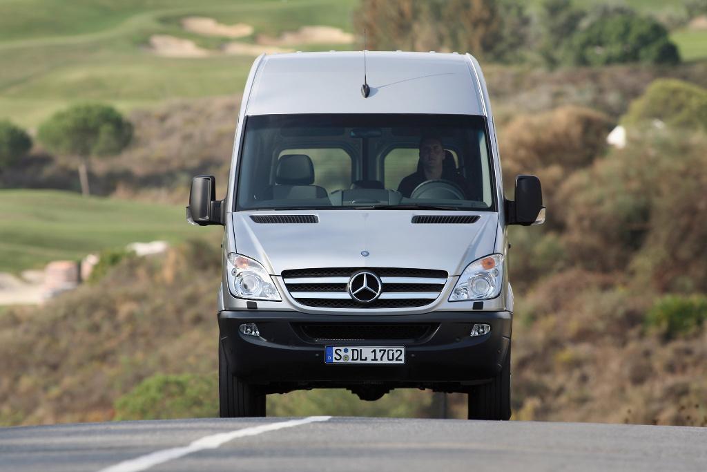 Neue Dieselmotoren-Generation für Mercedes-Benz Sprinter
