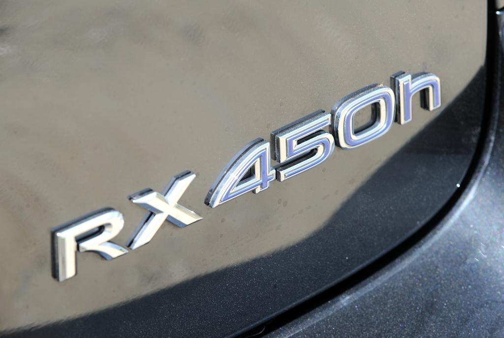 RX-Serie: Presse-Präsentation Lexus RX 450 h: Bescheidenheit ist eine Zier