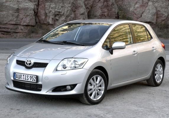 Toyota erneuert Motorenpalette für den Auris