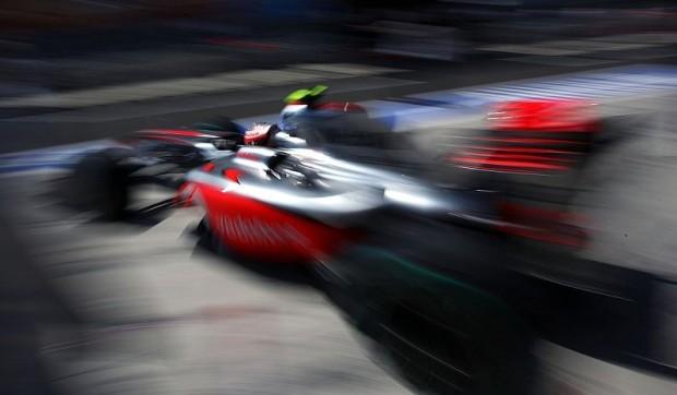 2. Freies Training : Kovalainen vorne, Vettel raus
