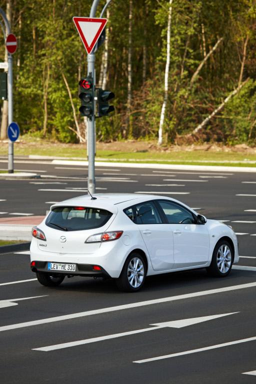 3: Presse-Präsentation Mazda 3 2.0 l MZR DISI i-stop: Fahrspaß mit Sparfaktor