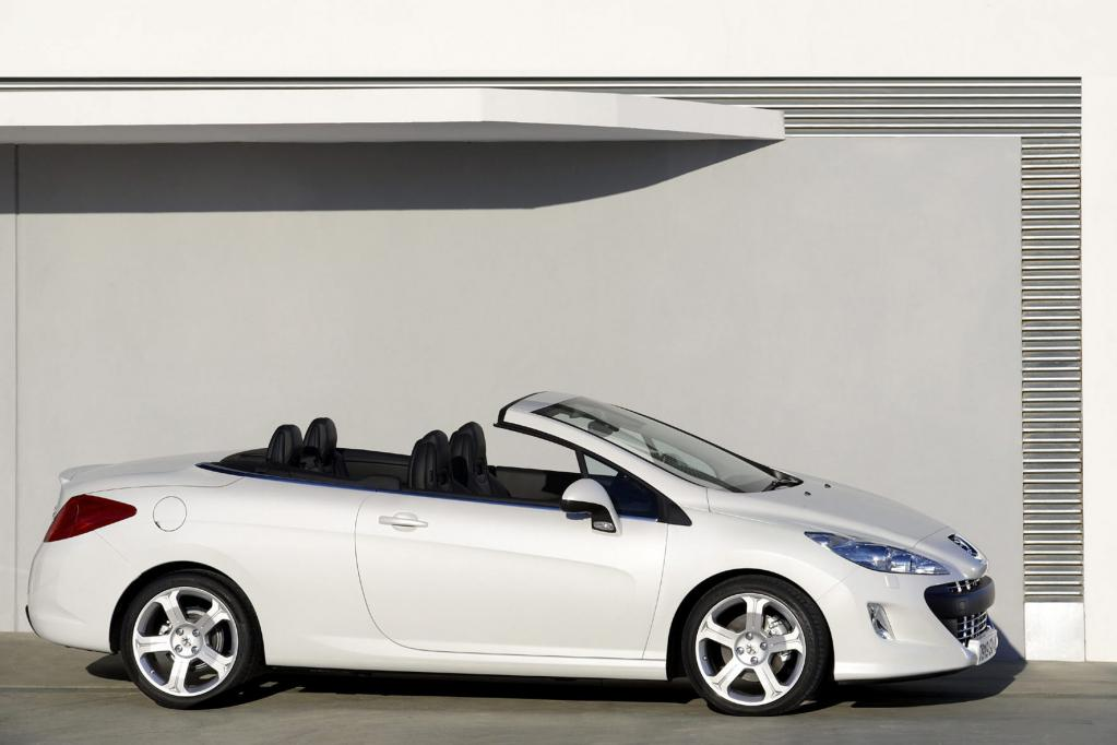 Alle Tage offen: Kompakte Stahldach-Cabrios