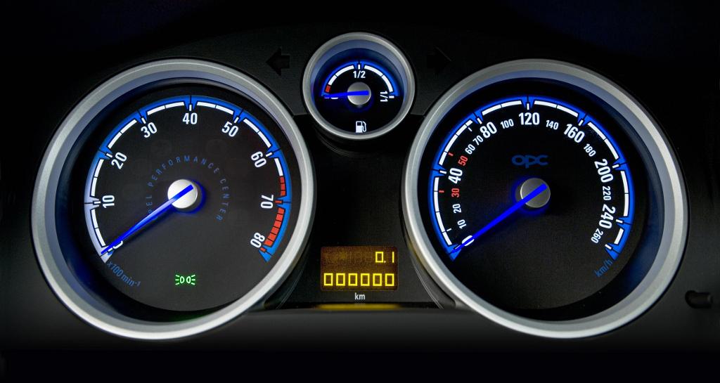 Astra: Noch 70 Bewerber für Opel-Renneinsatz