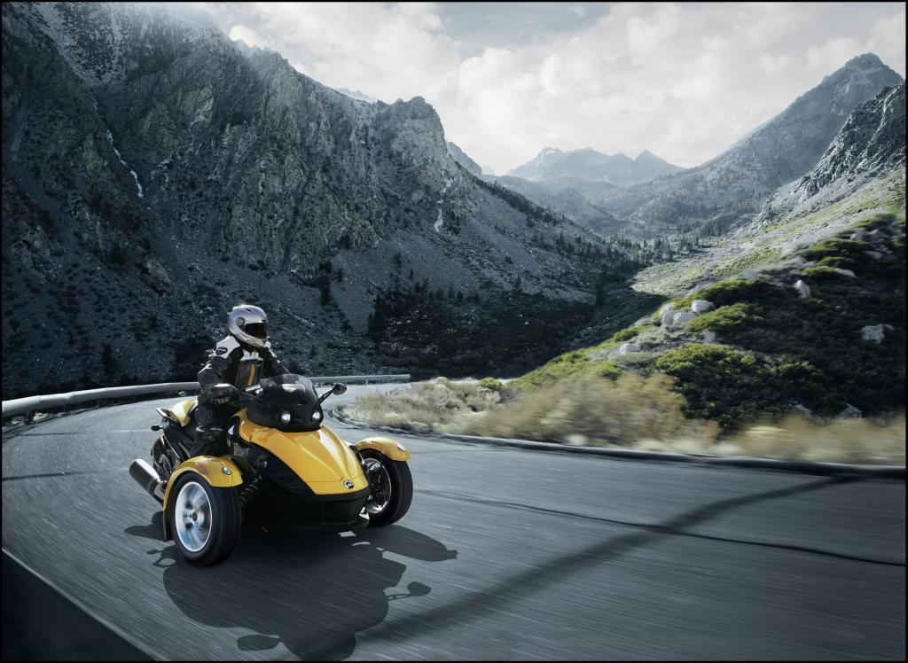 Can-Am Spyder Roadster: Dreirädriges Spaßmobil  - Bild(6)